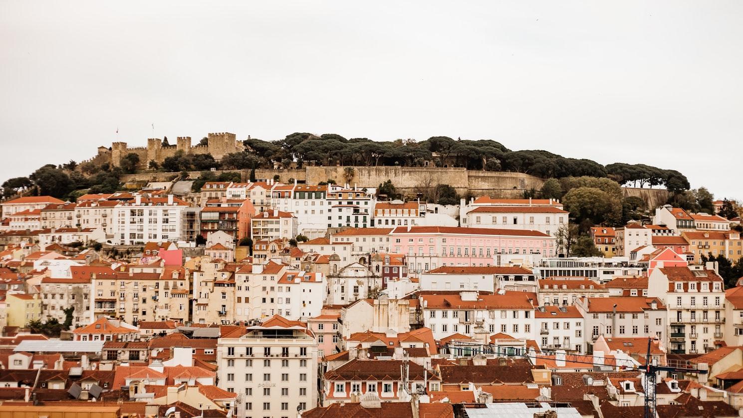Portekiz Başbakanı: Programda Yapılan Değişikliklerin Hiçbiri 2021'den Önce Gerçekleşmeyecek