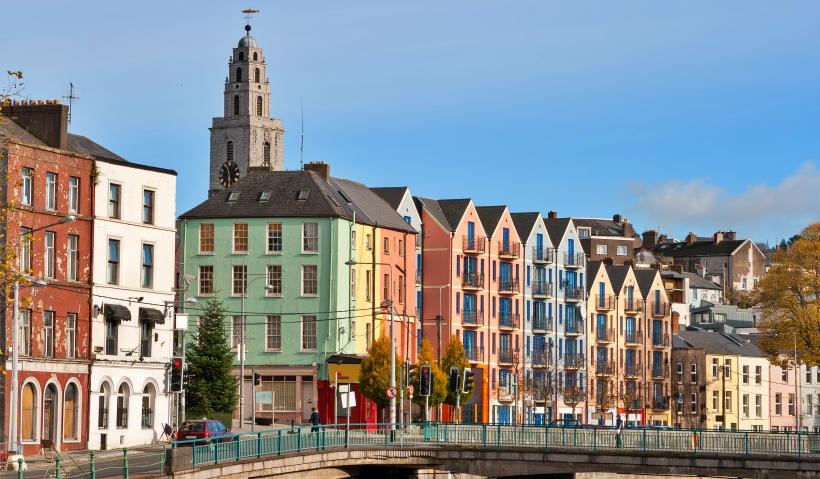 İrlanda, Oturma İzni Programı Karşılığında Yaklaşık 1 Milyar Euro Topladı